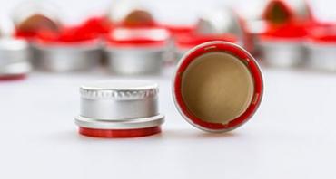 industries-featured-packaging-capsclosures